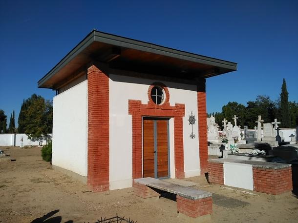 Ermita en el actual cementerio